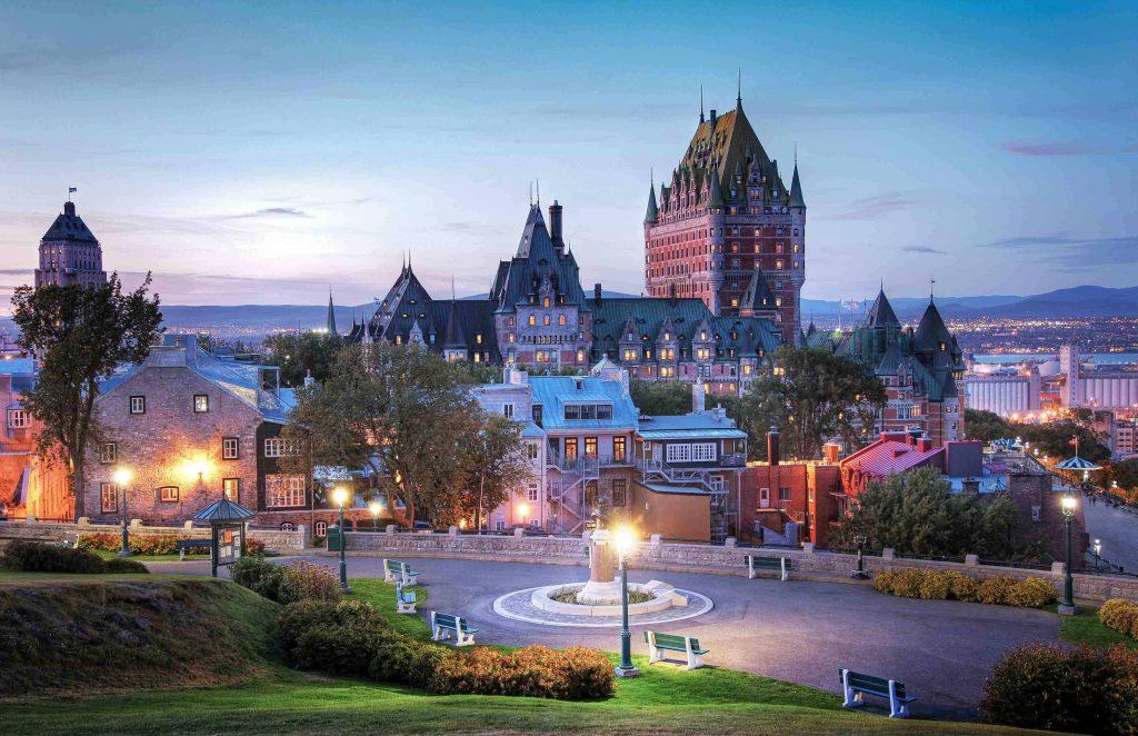 Menikmati Keindahan Old Quebec dari Funikular